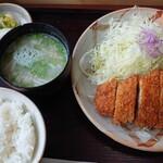 とんかつ 竹亭 - 上とんかつ定食1100円