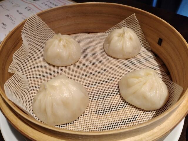 三茶 ジャッキー小籠包の料理の写真