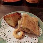 TARANTELLA da luigi - サービスのパン