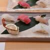 鮨割烹やま中 - 料理写真:上にぎり1皿目