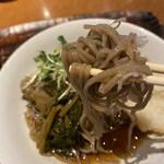 Bakuzambou - 驀仙坊(山菜お浸し、辛味大根、かいわれ、鰹節)リフトアップ!