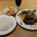 133845661 - 豚肉の生姜焼き 1,078円