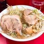 ラーメン二郎 - 豚2枚