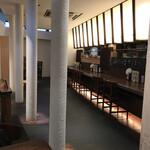 soba みのり - アートギャラリーの様な店内