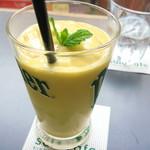 サロカフェ - マンゴースムージー