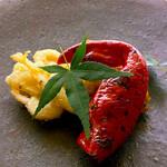 料理旅宿 井筒安 - 赤い焼き万願寺と海老のかき揚げと鱧