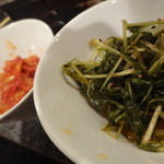 もつ獅子 - 水菜のキムチ