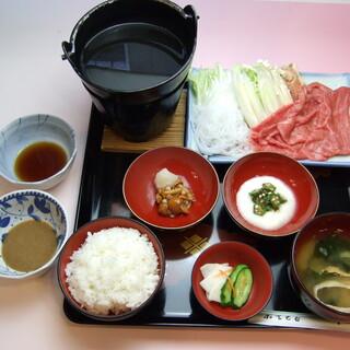 どのお食事とも合う地酒「関山」。ソフトドリンクやデザートも◎