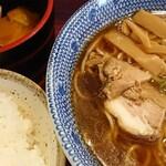 らうめん 麺坊 - 醤油ラ-メン&小ライス&お新香