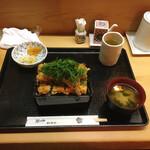 もも瀬 - 穴子ばら揚げ丼 ご飯大盛 1,600円(税込)