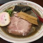 らー麺 山さわ - 料理写真: