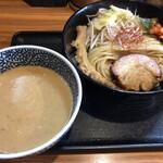 らーめん 鈴家 - 漢の濃厚味噌つけ麺(1010円)