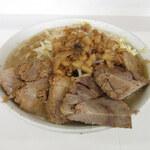 ラーメン荘 歴史を刻め - 料理写真:
