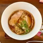 麺ゃ しき - 料理写真: