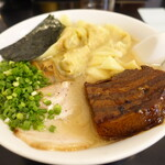 133943950 - 雲吞麺+角煮