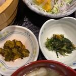 米酒場そう - 漬物と小鉢