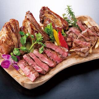 ≪40日間の独自低温熟成肉≫こだわりの肉料理が食べられる♪