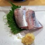 宝山 いわし料理 大松 - ギンギラギンに光り輝く活イワシの刺身