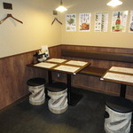 鍛冶屋 文蔵 - 6名様テーブル席半個室