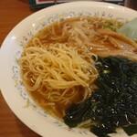 精陽軒 - もちもち中細麺。