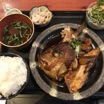 むちゃく - 魚のアラ炊き定食=900円