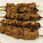 133988051 - ラム肉の串焼き