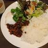 マロ カフェ - 料理写真:ガパオライス(ランチ)(800円)