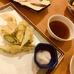 瑚庵 - ネリ(オクラ)の天ぷら