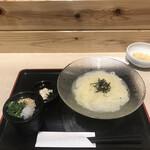 豊前裏打会 萬田うどん - 濃厚昆布水つけ麺780円!