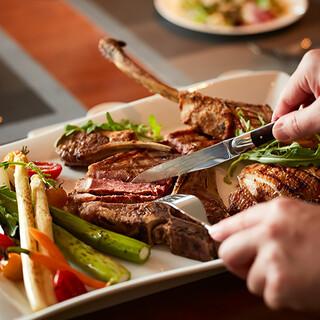 食材をあるがままに活かす臨場感あふれるグリル料理を堪能