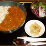 サマサマ - 1日10食限定のカレーランチ