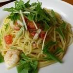 ヴィーノヴィーノ - エビと水菜とフレッシュトマトのオリーブオイルパスタ(ランチ)