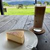 カフェ ジェルム - 料理写真:チーズケーキとストロベリーカフェオレ
