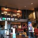 ハードロックカフェ 東京 - 店内光景。