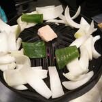 134005501 - ジンギスカン鍋に野菜セットしました
