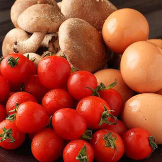 野菜や卵は、信頼できる農家さんから直接仕入れています!