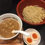 つけめん舎 一輝 - 2020年7月時点  つけ麺元味¥830  味玉はサービス