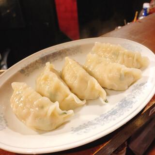 中野餃子 「やまよし」 - シソ水餃子