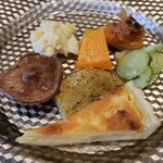 リストランテファンタジスタ - 前菜の盛り合わせ。種類も多いし、量もありますね。