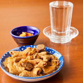 厳選した国産豚を使用した味や食感の異なる5種類のもつを使用!