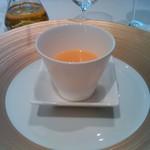 レストラン サンパウ - まずは野菜の冷製スープ