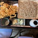 そば処 柿屋  - 料理写真:かき揚げ天もりそば 850円(大盛り+100円)