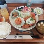 麺・飯家 坂 - チキン南蛮定食(990円)