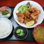 ふるさと亭 小倉沢 - 料理写真:鶏からあげ定食