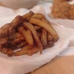 bb.qオリーブチキンカフェ - フライドポテト