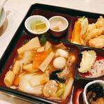 上海楼 横堀店 - 八宝菜