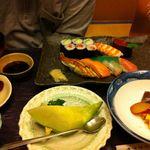 梅若寿し - 上寿司御膳 (2830円)