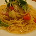 アルマドーレ - 季節野菜のペペロンチーノ