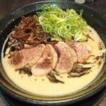 ちらん - 極黒  太麺(or細麺)  大盛(無料)