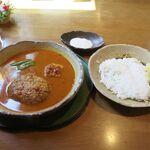 ポレポレ - 料理写真:ハンバーグカレー(1,060円)
